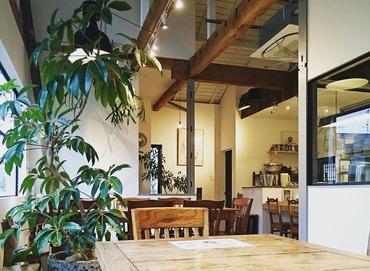 【ホールSTAFF】≪西高島平駅徒歩2分≫住宅街の一角に佇むカレー専門店お客様に寄り添う、優しくて温かいお店です。