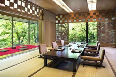 <寿司・和食レストラン> 旬な食材・素材を存分に活かした メニューをお客様にご提供♪ 経験を活かして働きたい方にピッタリ◎