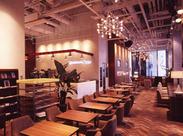 三越前駅直結の『WIRED CAFE』。一流のおもてなしと料理で、ビジネスマンにひと時の癒しをお届けします。