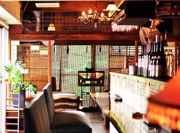 ★メディアで人気のおしゃれCafe★席ごとに変わる、アンティーク家具が魅力です♪新宿にOPEN予定のCafeあり*