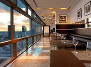 都内人気ホテルのレストランのお仕事♪ 事前に研修があるので、未経験の方もご安心下さい! 一緒に素敵なバイトを始めましょう♪