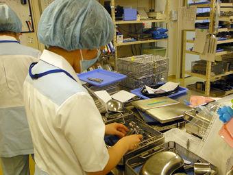 【医療器具をキレイにする+清掃のお仕事】\こんな方におすすめ!/■病院で働きたい方■細かい作業が好きな方■テキパキ動きたい方―― みなさん大歓迎です♪