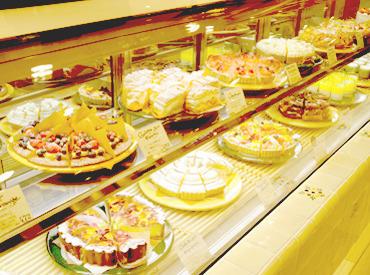 旬のフルーツで仕立てたスイーツやケーキの販売♪季節ごとにメニューが変わるから、気分も新しく変わるかも♪*