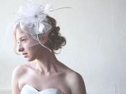 当店は全てのドレスをデザイン画から描くオリジナルデザインです。花嫁様それぞれにぴったりのドレスをお届けしています◎