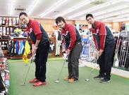 ゴルフに詳しくなくても大丈夫!!今いるスタッフのほとんどは未経験からのスタート◎お気軽にご応募くださいね♪