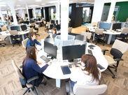 = = オシャレなオフィスで♪= = お仕事するのも楽しくなれるような 開放的な空間で一緒に働きましょう◎