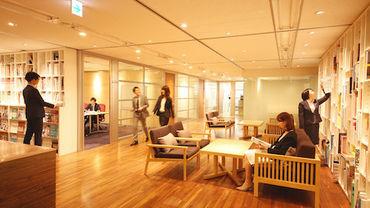 世界貿易センタービル9F!浜松町駅・大門駅の直結ビル◎アートディレクター、デザイナー、ライターなど多様なプロが集結!