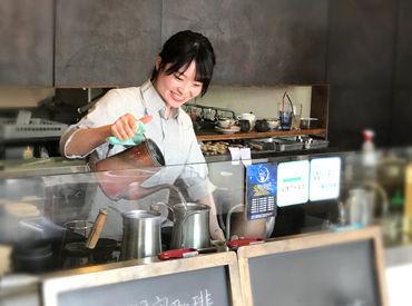 【Cafeスタッフ】地域密着型の珈琲店★様々なメディアで紹介されています*:・上質な空間でゆっくりした時間を過ごしてもらいましょう♪
