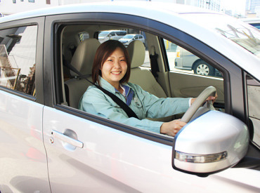 普通免許で◎運転する車は、 【軽自動車(AT)】【ナビ付】! 配送エリアは固定なので、地理に自信がない方でも安心♪