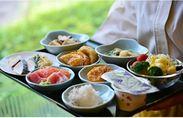 居酒屋だけど落ち着いた雰囲気♪リッチモンドホテルに宿泊しているお客様に朝食をご提供!幅広い年齢層の方が活躍中ですよ!