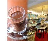 オシャレ空間でお仕事♪NYの本店をそのまま再現◎マリベルブルーに包まれたお店です。