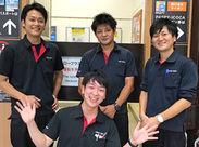 \しっかりフォローします★/ 写真は紅葉谷駅の切符売り場のスタッフです!! 喫茶店には女性もいるので安心してくださいね♪*