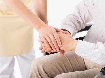 未経験からスタートできる、介護のお仕事!助けが必要な方を補助する、やりがいの有るお仕事です!
