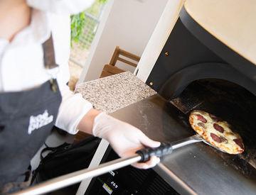 朝の時間帯に入れる方歓迎♪* ピザの提供の他に キーフォルダーやTシャツなど とっても魅力的なオリジナルグッズも販売♪