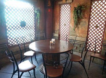フリーターさん活躍中☆彡 落ち着いた土地柄で、 ゆったり料理を楽しめます◎ レトロで可愛い店内です♪