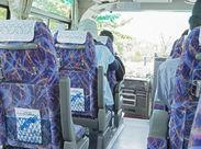 """シャトルバスの運行業務をお願いします!""""運転が好き""""で始められるお仕事です!"""