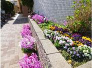 お花を育てながら季節を感じることが出来る素敵な施設☆ 御入居者様が幸せな生活を送って頂けるようにサポートしましょう◎‼
