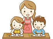 子ども達との紙工作やお絵かきなど難しい作業はありません◎