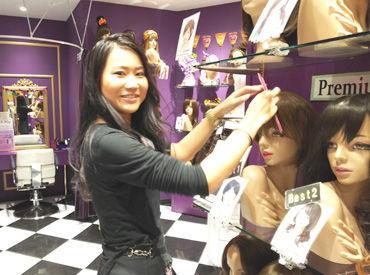 【女性用ウィッグ販売】\新宿アルタでお仕事☆/「オシャレが好き!」「ファッションが好き!」そんなコにピッタリ★彡お仕事終わりにお買い物もOK♪