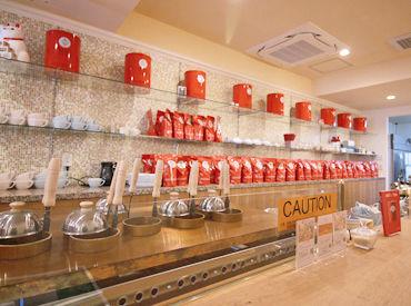 かわいいパッケージも魅力的な紅茶はずらっと100種類★香り高い最高級の紅茶に囲まれて、紅茶好きのSTAFFとお仕事しませんか♪