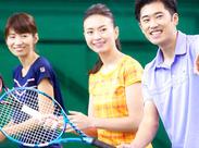 テニス歴が3年以上あれば、コーチ経験は不問です☆ 生徒さんの成長があなたのやりがいになりますよ!!
