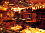 コース料理・ビュッフェ形式・パーティープランetc様々なスタイルで楽しめるレストランです♪ここでしか出来ない経験をぜひ!