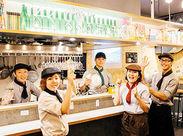 """◆全国各地のおいしい料理&ドリンクetc 旅行情報誌""""るるぶ""""もディスプレイ♪ 週末にそのご当地に行ってみるお客様も続出。"""