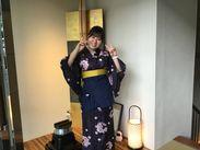 『はっかい串』では着物で接客します♪着付けは先輩が教えてくれるから安心してね◎プライベートで浴衣を着る時も役立ちます★