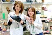 楽しさや明るさを演出した内装★ ピッタリの靴が見つかったときの『この色カワイイ』『ありがとう!』の笑顔がとっても嬉しい♪