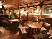 バリのリゾートのゆったりとした空気感と、人気の東南アジア料理が楽しめるカフェ♪