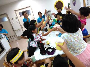 \子ども好き大歓迎/ 子どもたを優しく見守ったり 一緒に全力で遊んでくれる NEWスタッフを募集中です(*'ω')!
