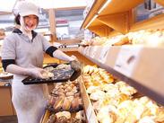 ≪人気のベーカリー♪≫全てのパンが108円!お得で美味しいところが人気のヒミツ♪STAFF割引でさらにお得になりますよ!