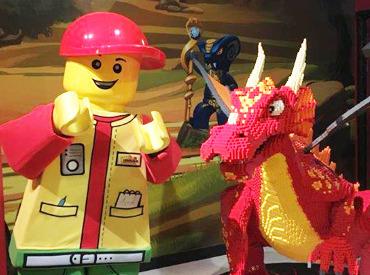 【マスコットSTAFF】\子どもの頃、よくレゴで遊んでました☆/【超レア】あの時の大好きが活かされる♪マスコットSTAFF急募!福利厚生もいっぱい★