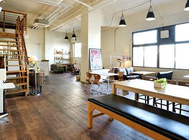 全席違ったデザインのおしゃれ空間…★*自慢のビスマルクピッツァをはじめ、パスタ、スイーツ、お酒なども楽しめます♪