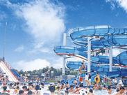 ウォータースライダー・流れるプール・競泳用プール・幼児用プールなど一日中楽しめるレジャープールです♪