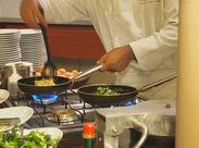野菜を洗ったり、盛り付けたり…人気の裏方作業です◎ひとつひとつ丁寧に教えるので、未経験でもスグに慣れますよ!