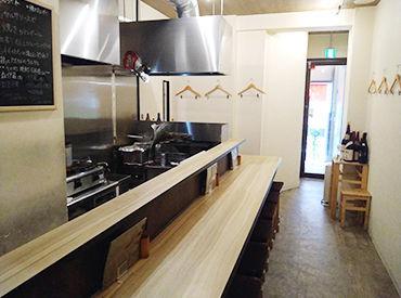 「炭火焼鳥と鶏肴のお店 keshiki.」料理にも働く人柄の良さにも絶対の自信あり!なんです☆楽しい職場ですよ♪