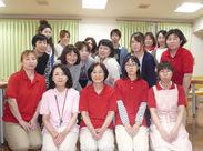 学生~中高年まで大歓迎◎Tシャツを貸与します♪32名中、社員は12名!社員数が多いのも安心して働ける理由の1つです☆