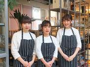 ~cafe&kitchen Plate's~ 昨年12月OPEN♪ オシャレで上品な雰囲気が大好評+*。 自由度が高く、働きやすい環境です★