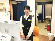 立川駅から徒歩2分の好立地! 駅からのアクセスのよさも 働きやすさの理由の1つです◎