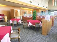 とってもキレイなホテルオークラレストランでのお仕事!未経験でも覚えやすい盛り付けなど、カンタン作業をお任せします◎