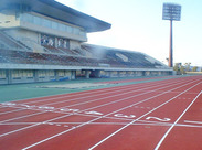 中国地方各地で、スポーツ施設の 施工や維持管理を行っている「ユニサス」です!