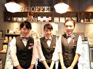 """フォトジェニックなスイーツメニューは女性に大好評♪業界人もよく訪れる""""穴場CAFE""""だから落ち着いて働けます!"""