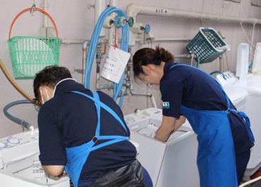 【清掃STAFF】使用するのは掃除機やモップなど【お家でのお掃除道具が中心♪】接客なし&もくもく簡単作業⇒ご自身のペースで働けますよ♪