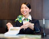 ホテルならではの接客スキルが身に付きます♪ 実生活でも活かせる素敵なお仕事ですよ!