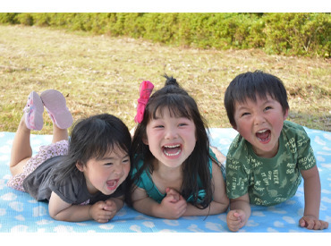 子どもたちのパワーに圧倒されることもありますが、充実感いっぱい!園児のどんな表情も可愛くて、毎回驚きと学びの連続!