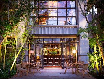 【レストランstaff】青山通りから少し入ったところに 表参道にふさわしい  立派な一軒家レストラン。~ ワンランク上のサービスをご提供 ~
