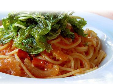 □ ベテランの社員さんが優しく丁寧にサポート! イタリアンに興味がある…なんて方も、この機会に始めてみませんか?