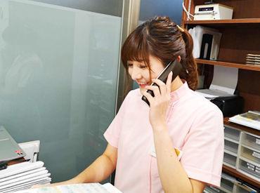 お仕事はカンタンな受付事務◎ 最初は元気に「こんにちは!」と挨拶ができればOK♪