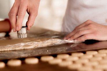 ≪経験を活かせます≫  シェフと一緒に洋菓子を作りませんか